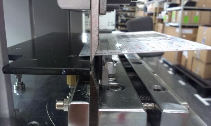 Pre - Scored Pcb Board V Scoring Machine Pcb depanelizer 3.5mm Thickness